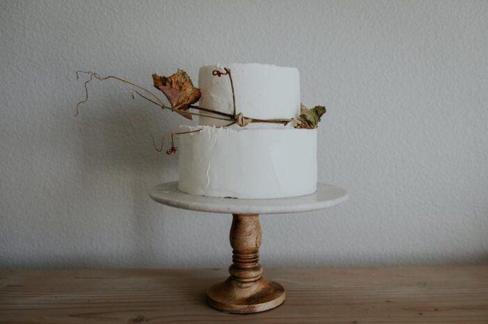 bolo de casamento bttrcrm cakery