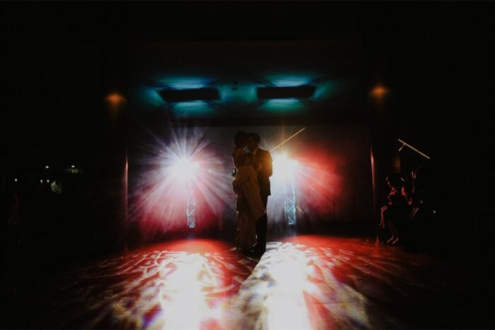 dança dos noivos escuro