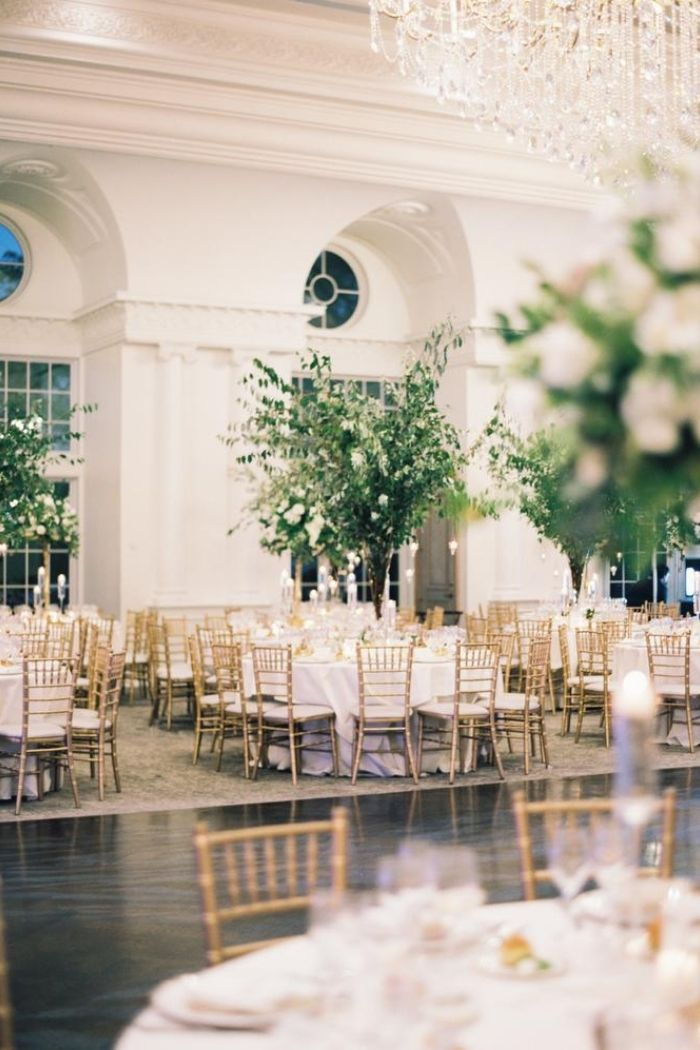 PHOTOGRAPHY Sophie Kaye Photography FLORAL DESIGN Adam Leffel Productions