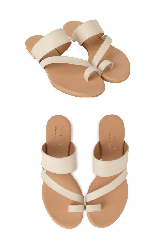 sandálias rasas brancas decénio