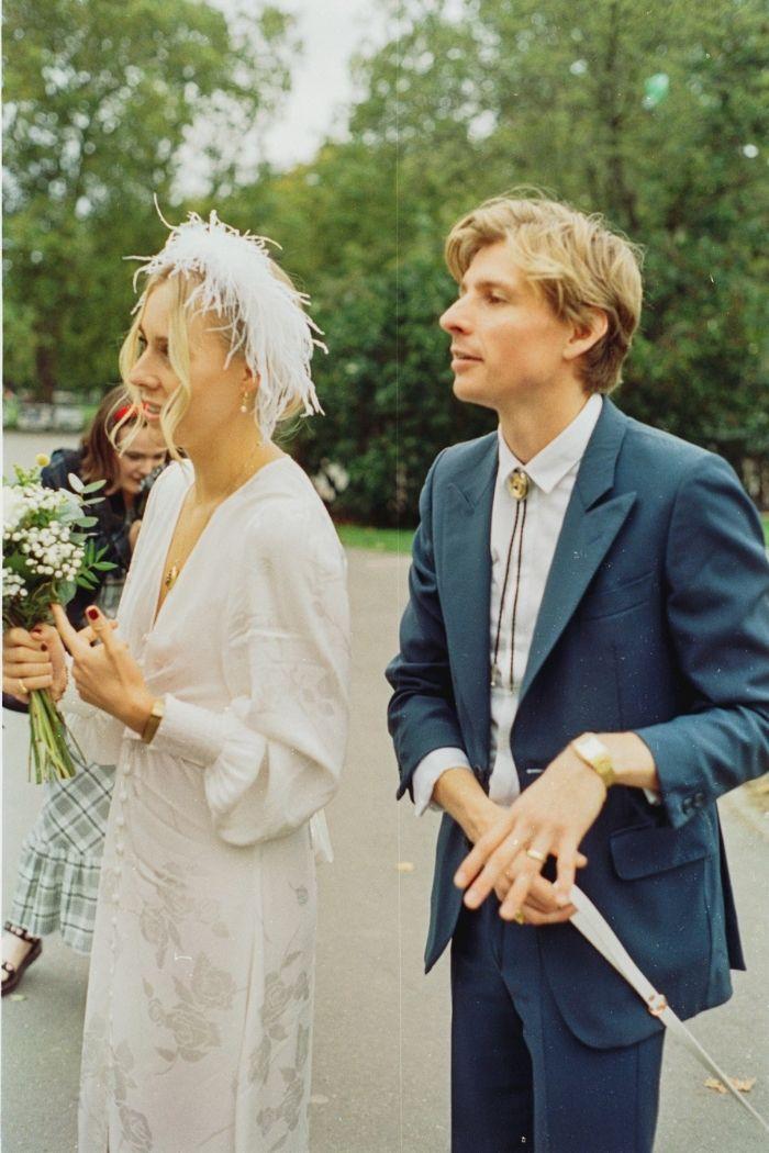 headband de penas casamento estilo anos 70