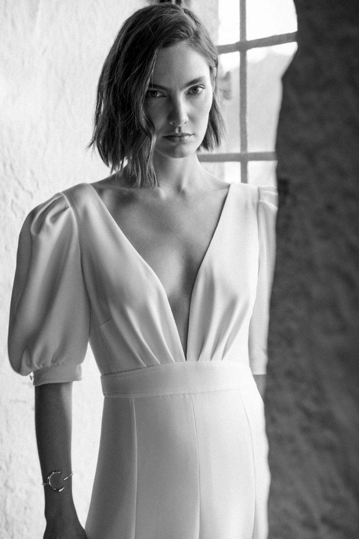 vestido de noiva decote em V mangas balão simples
